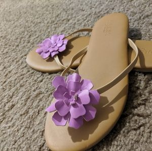 Old Navy flower sandles